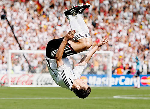 Klose's acrobatic goal celebration
